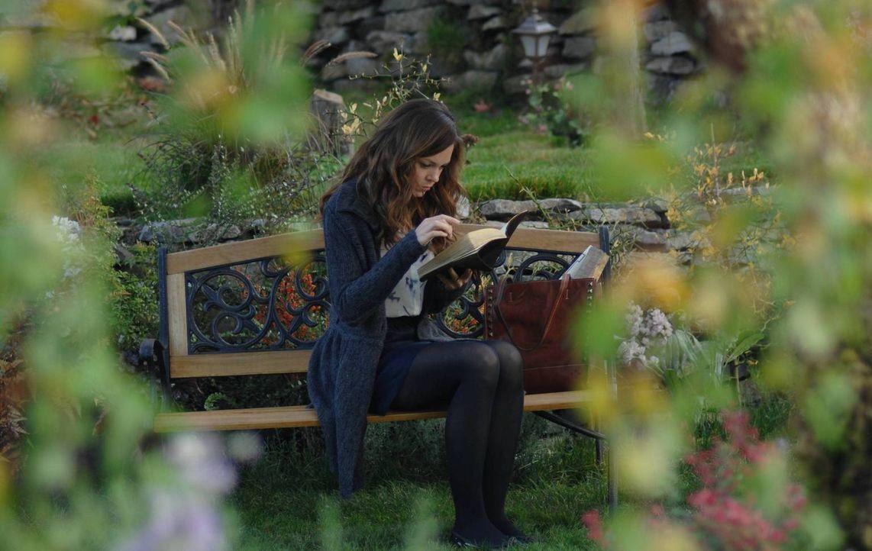 Ihre Neugier bringt Ingrid (Rachel Boston) und die ganze Welt in Gefahr ... - Bildquelle: 2013 Lifetime Entertainment Services, LLC. All rights reserved.