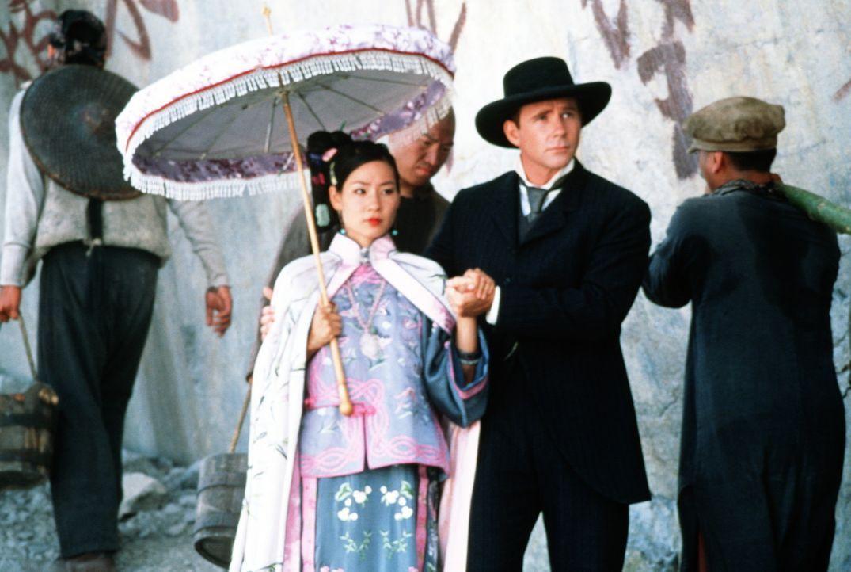 Weil Prinzessin Pei Pei (Lucy Alexis Liu, l.) keinen fetten Höfling heiraten will, flieht sie nach Amerika. Kaum dort angekommen, nimmt sie Sprachu... - Bildquelle: SPYGLASS ENTERTAINMENT GROUP, LP