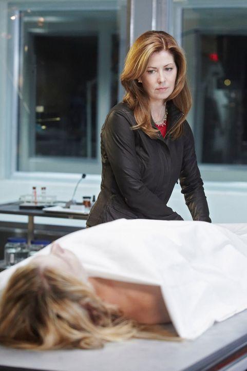 Dr. Megan Hunt (Dana Delany) war bis zu einem Autounfall eine erfolgreiche Neurochirurgin. Aufgrund einer irreversiblen Sensibilitätsstörung an den... - Bildquelle: 2010 American Broadcasting Companies, Inc. All rights reserved.