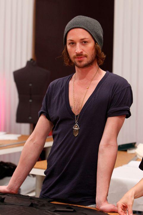 Fashion-Hero-Designer-marcel-ostertag-02