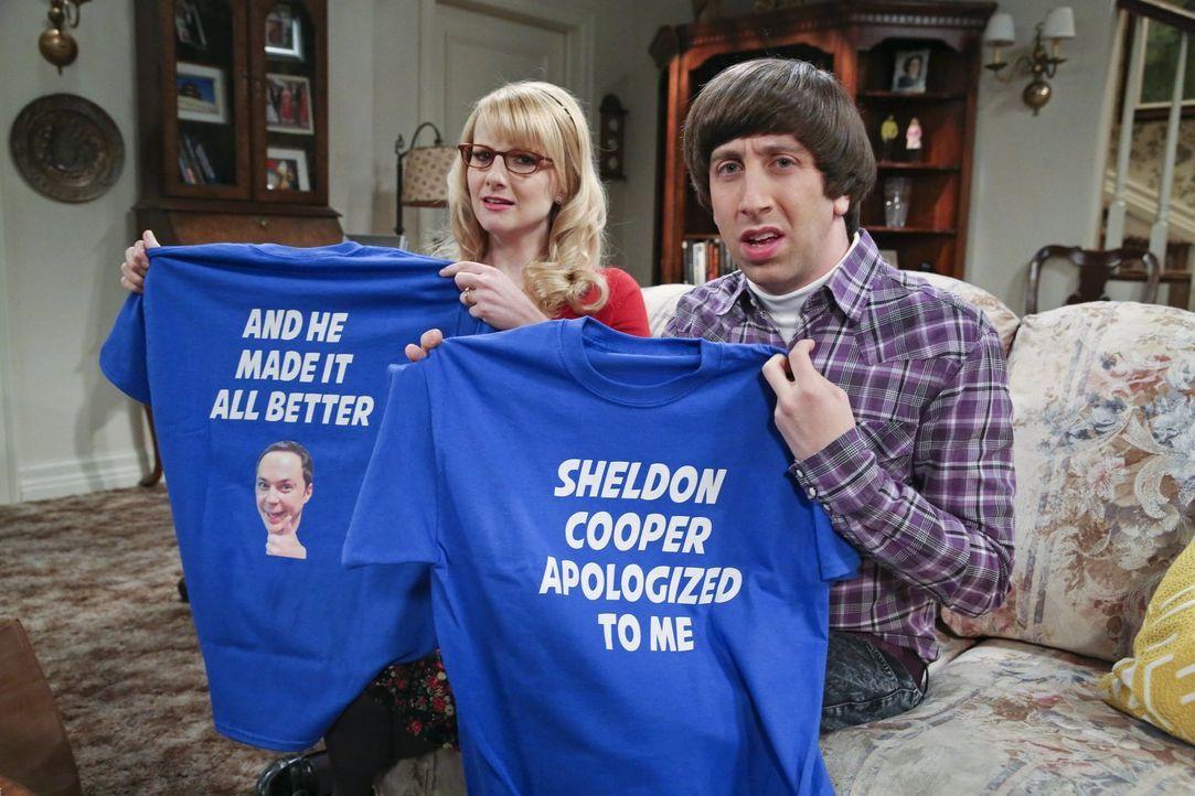 Von Amy wird Sheldon überredet, sich bei seinen Freunden zu entschuldigen, weil er besonders garstig zu ihnen war. Doch Howard (Simon Helberg, r.) u... - Bildquelle: 2015 Warner Brothers