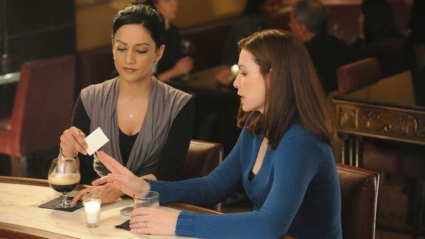 Ein neuer Fall beschäftigt Alicia (Julianna Margulies, r.) und Kalinda (Archi...