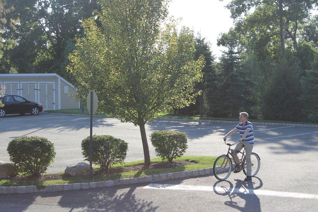 Stanley (Bild) verfolgt seine Kollegin Dinah auf Schritt und Tritt und zieht schließlich sogar extra in ihre direkte Nachbarschaft ... - Bildquelle: Atlas Media Corp.