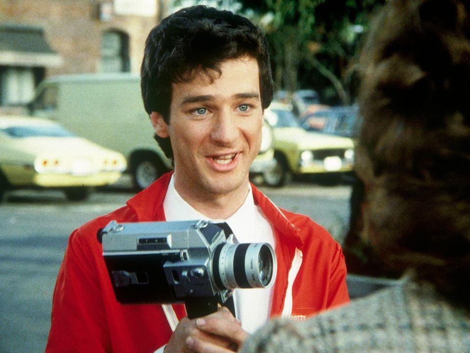 Scotty (Jeffrey Weissman, l.), der Parkplatzwächter, dreht heimlich einen Dokumentarfilm über seinen Arbeitsplatz. Er ahnt nicht, dass er während se...