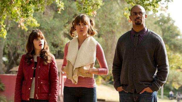 Ein Schulausflug stellt Jess (Zooey Deschanel, l.), Ruth (Erinn Hayes, M.) un...