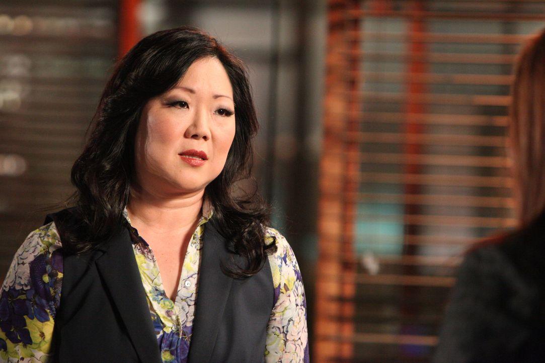 Teri (Margaret Cho) ist nie um einen bissigen Kommentar verlegen ... - Bildquelle: 2012 Sony Pictures Television Inc. All Rights Reserved.