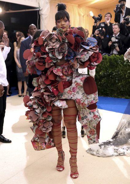 Bild: dpaHinsetzen durfte sich Rihanna an diesem Abend wahrscheinlich nicht....