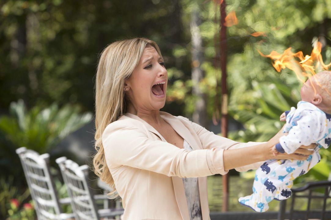 An ihren Mutterqualitäten muss Jody (Ashley Tisdale) wohl noch arbeiten, bevor sie sich um reale Kinder kümmern soll ... - Bildquelle: 2013 Constantin Film Verleih GmbH.