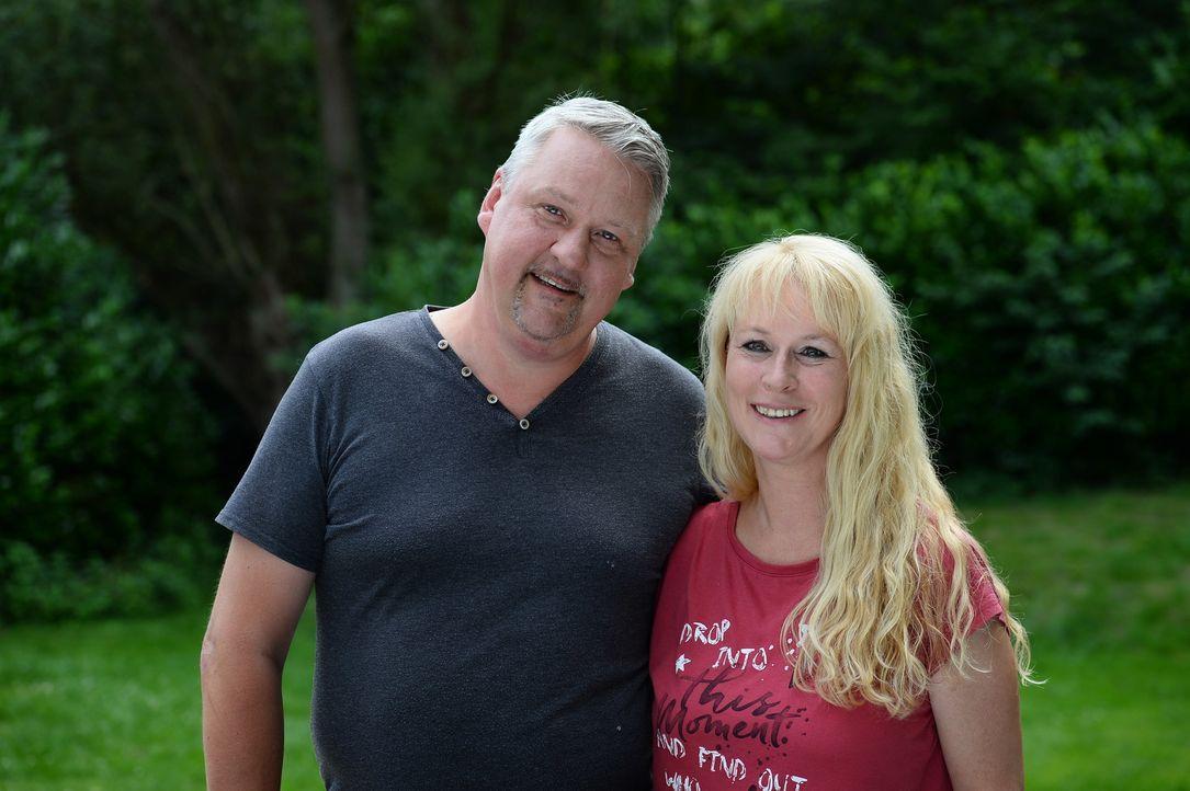 Stehen vor einer Do-it-Yourself-Challenge: Michael (l.) und Susanne Preuße (r.) - Bildquelle: Willi Weber SAT.1