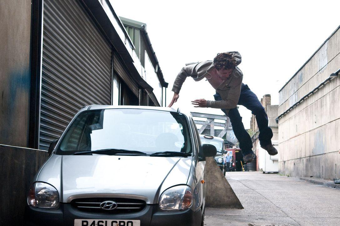 Hat einen guten Grund, vor der Polizei zu flüchten: Barry Weiss (Aidan Gillen) ...