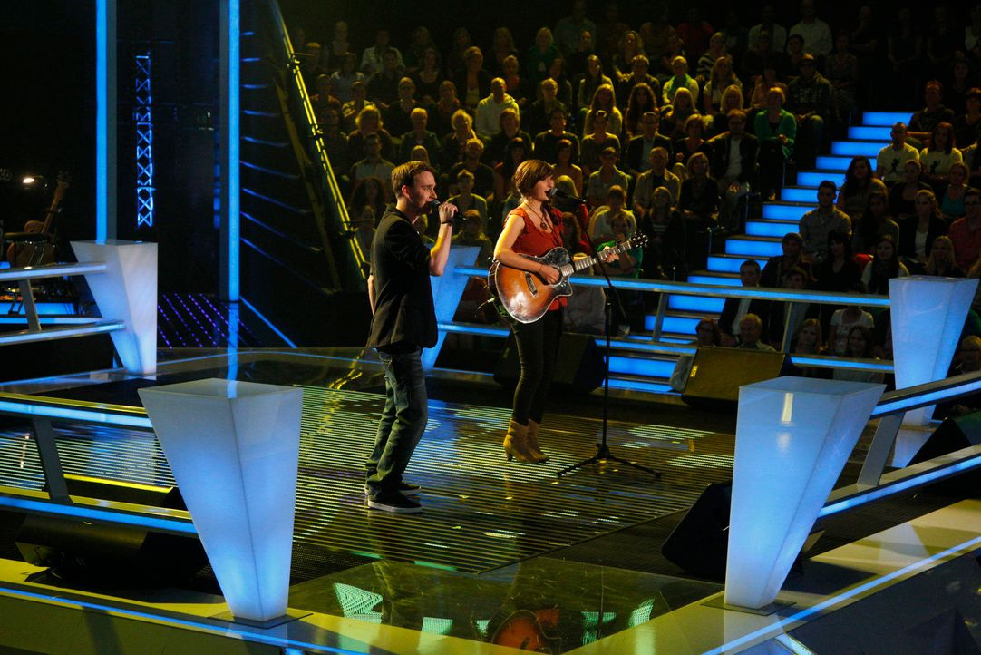 battle-eva-vs-valentin-01-the-voice-of-germany-huebnerjpg 1775 x 1184 - Bildquelle: SAT.1/ProSieben/Richard Hübner