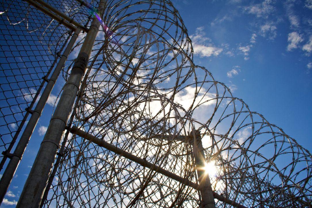 Nicht mal der Stacheldraht um das Georgia Diagnostic and Classification Gefängnis kann alle Straftäter von einer Flucht abhalten ... - Bildquelle: Joshua Fowler part2 pictures