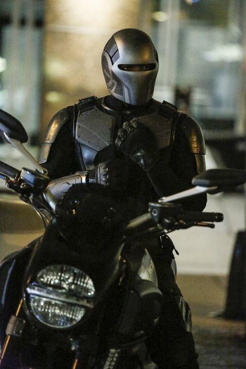 Wird James (Mehcad Brooks) sein Geheimnis für immer vor Kara verschweigen? - Bildquelle: 2016 Warner Bros. Entertainment, Inc.