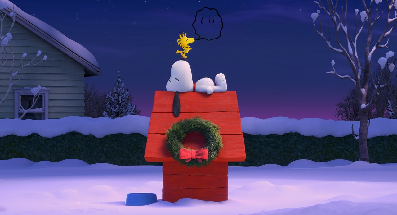 Müssen sich von den Strapazen der Abenteuer ausruhen: Snoopy (unten) und Woodstock (oben). - Bildquelle: 2015 Twentieth Century Fox Film Corporation.  All rights reserved.  PEANUTS   2015 Peanuts Worldwide LLC.
