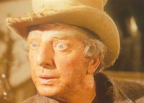 Unsere kleine Farm - Toby Noe (Ray Bolger) hat mit seinem Hauptgewinn in der...