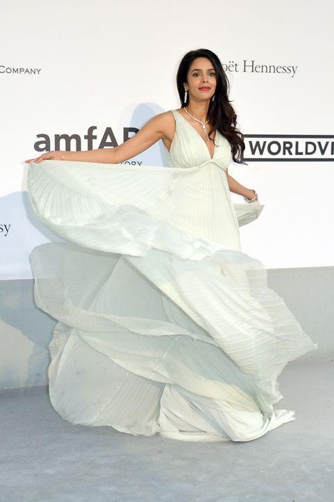 Cannes-Filmfestival-amfAR-Mallika-Sherawat-140522-AFP - Bildquelle: AFP