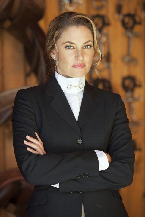 Irgendetwas scheint Lois Whitworth (Mädchen Amick) zu verbergen ... - Bildquelle: 2012 The CW Network, LLC. All rights reserved.