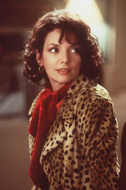 Die geheimnisvolle Lori (Joanne Whalley-Kilmer) ... - Bildquelle: Warner Bros.