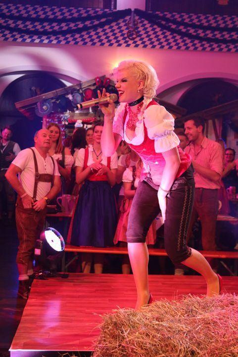 Fetenhits-Oktoberfest-2014-Foto5 - Bildquelle: SAT.1 Gold