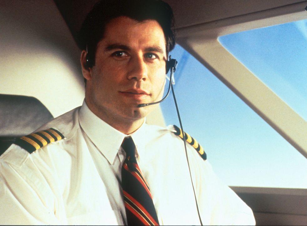 James Ubriacco (John Travolta) hat einen Job als Privatpilot der reichen Samantha angenommen ... - Bildquelle: TriStar Pictures