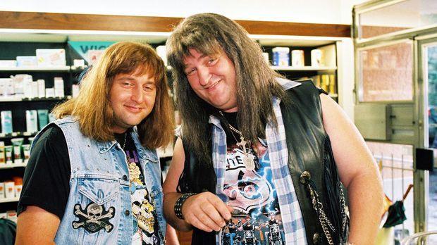 Hotte (Markus Maria Profitlich, r.) und Lusches (Tom Lehel, l.) wollen Drogen...