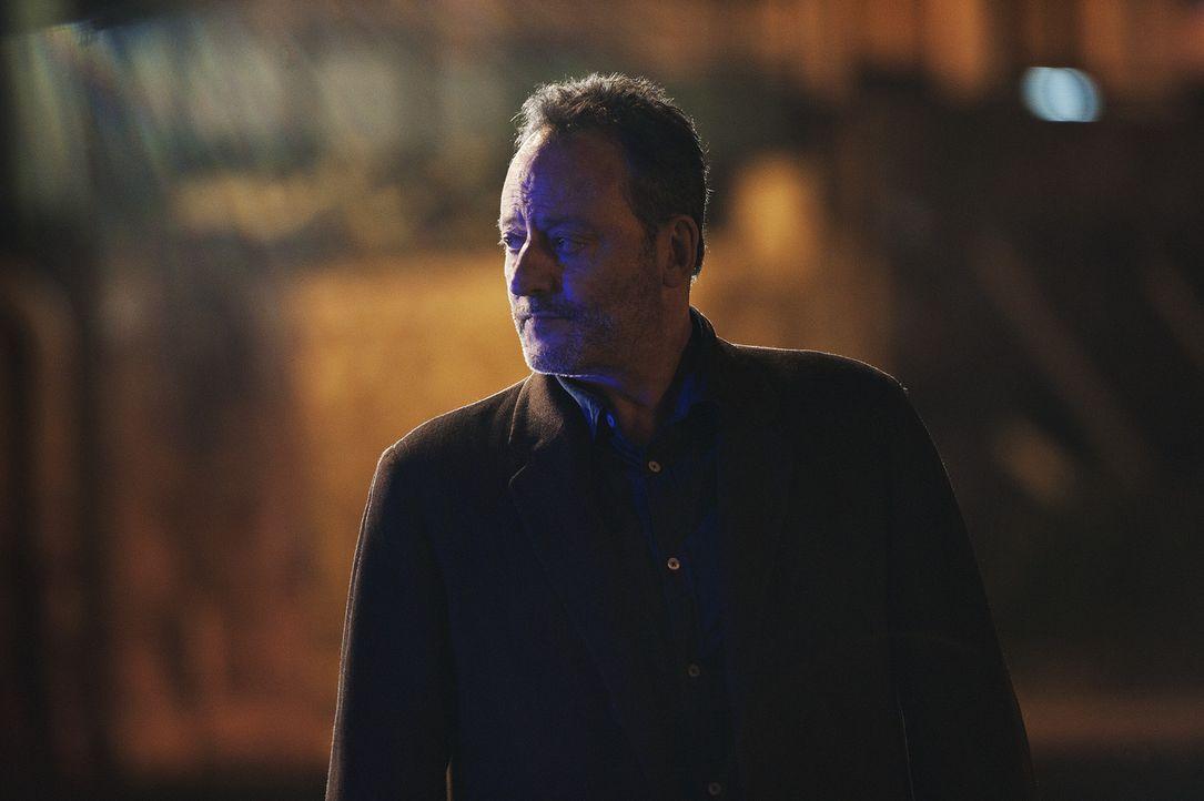 Ein neuer Mordfall wartet auf Jo (Jean Reno) und seine Kollegen .... - Bildquelle: Stéphanie Dupont Atlantique Productions