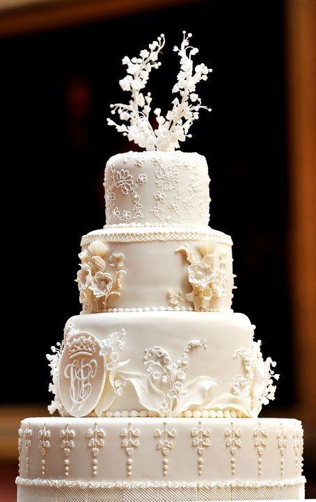 Hochzeitstorte-Prinz-William-Kate-Middleton-AFP - Bildquelle: AFP