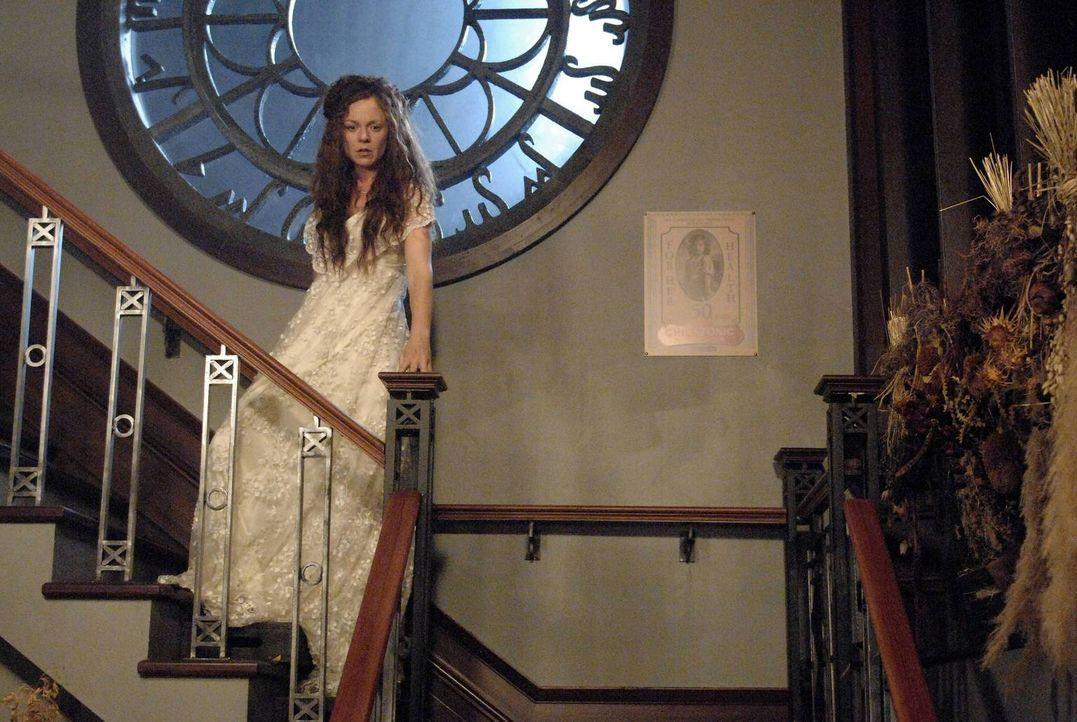 Eine Reise in ihre Vergangenheit bringt Ingrid (Rachel Boston) völlig neue Erkenntnisse ... - Bildquelle: 2013 Lifetime Entertainment Services, LLC. All rights reserved.