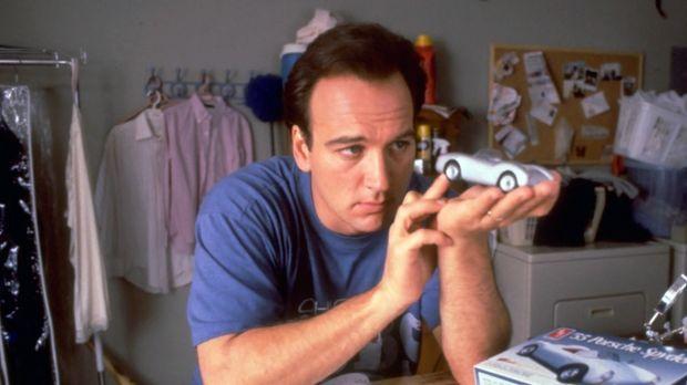 Larry Burrows (James Belushi) ist Büroangestellter und vom Alltagstrott mehr...