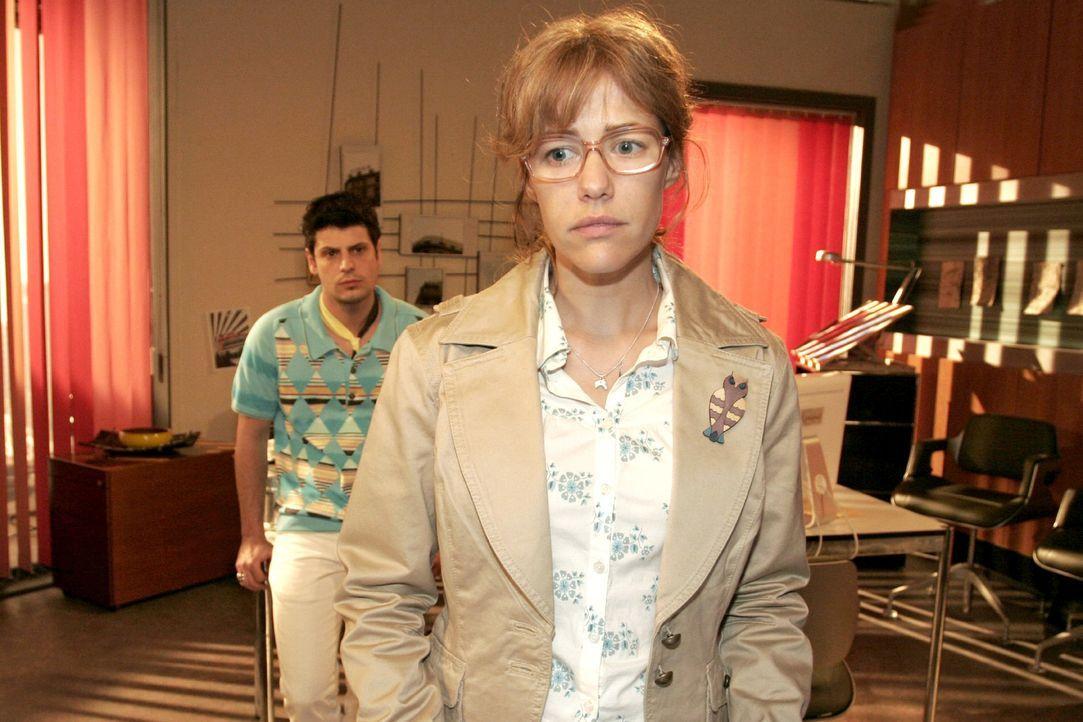 Lisa (Alexandra Neldel, r.) hofft - und versucht zu glauben -, dass Rokko (Manuel Cortez, l.) sich an ihre Abmachung hält. - (Dieses Foto von Alexan... - Bildquelle: Noreen Flynn Sat.1