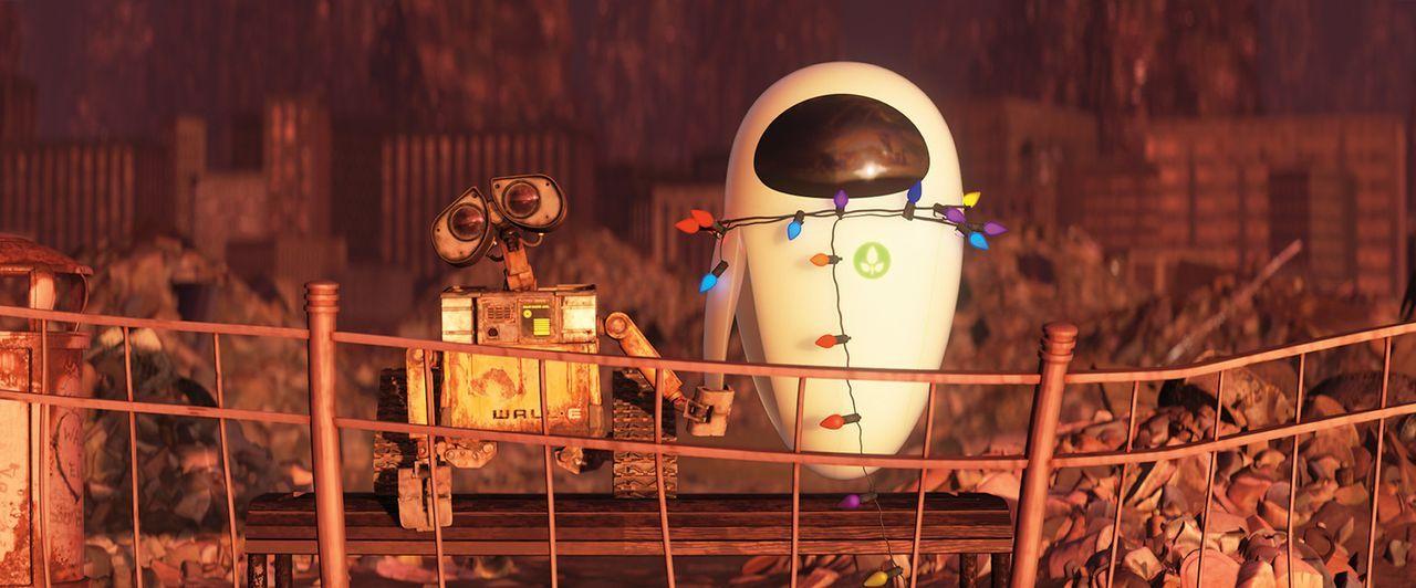 Ende gut, alles gut: Wall-E und EVE ... - Bildquelle: Touchstone Pictures