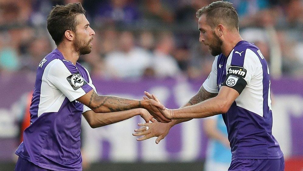 VfL Osnabrück bleibt weiter an der Tabellenspitze - Bildquelle: FIROFIROSID