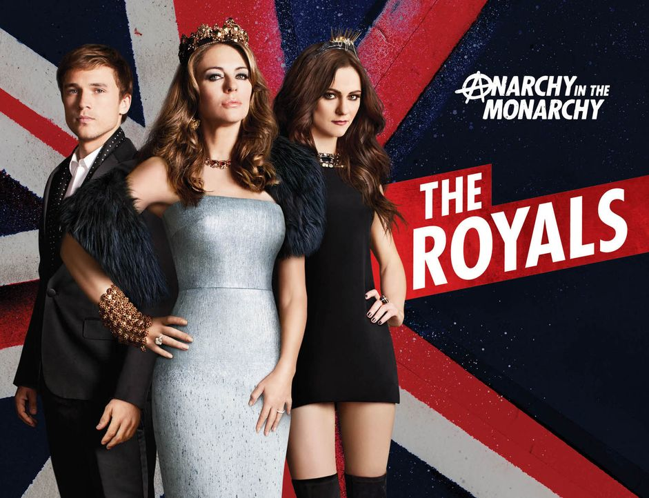 (1. Staffel) - The Royals: Königin Helena (Elizabeth Hurley, M.)  mit ihren Kindern Prinz Liam (William Moseley, l.) und Prinzessin Eleanor (Alexand... - Bildquelle: 2014 E! Entertainment Media LLC/Lions Gate Television Inc.
