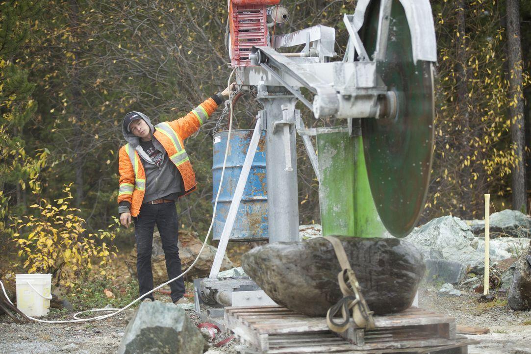 In dem 35-Seelen-Dorf Jade City im Norden von British Columbia dreht sich alles um Edelsteine. Auch Sohn Josh Bunce arbeitet in der Jade-Mine. Somit... - Bildquelle: JADE PRODUCTIONS LTD.