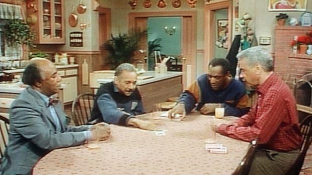 Cliff (Bill Cosby, 2.v.r.) und Professor Foster (Roscoe Lee Browne, l.) spiel...