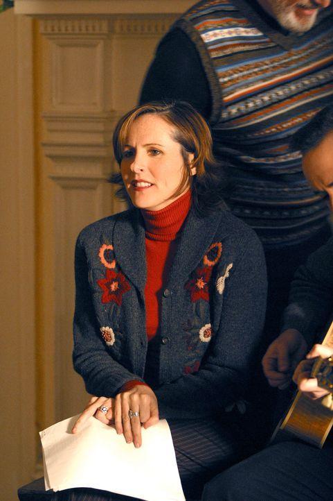 Die Pensionswirtin Linda Berringer (Molly Shannon) hat eine etwas seltsame Art, mit ihren Gästen umzugehen. - Bildquelle: Paramount