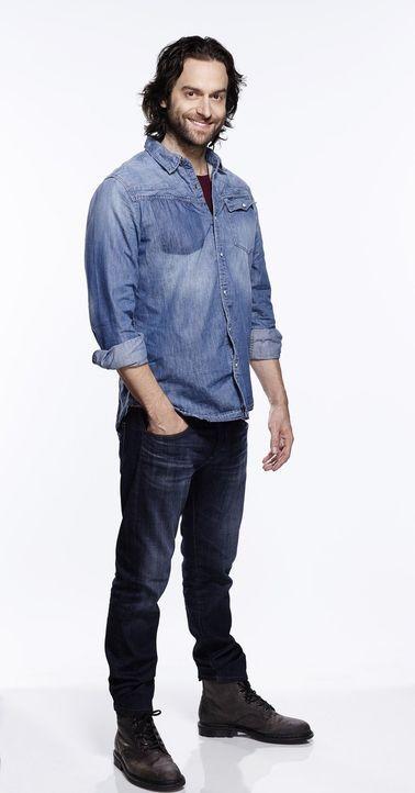 (2. Staffel) - Der selbstbewusste und gutaussehende Danny (Chris D'Elia), der sich nicht darum schert, was andere von ihm denken, möchte seine Freun... - Bildquelle: Warner Brothers