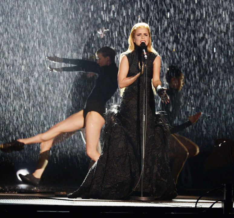 BRIT-Awards-Paloma-Faith-15-02-25-1-WENN-com - Bildquelle: WENN.com