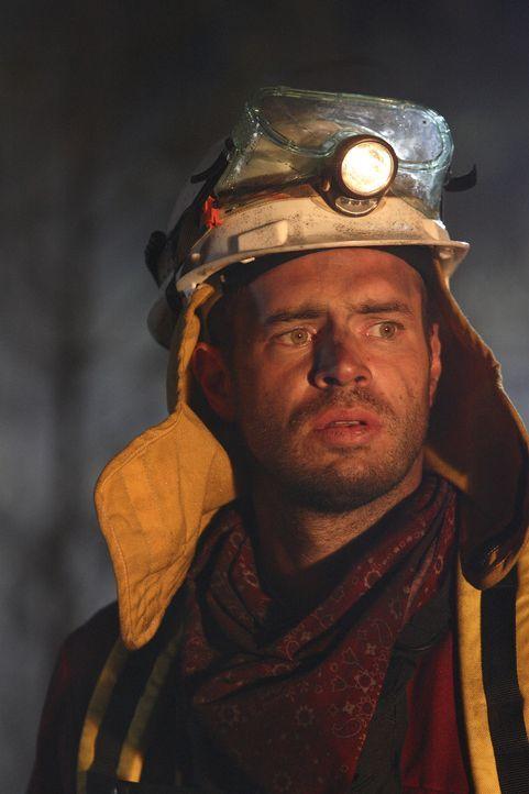 Eines Tages bricht im Yellowstone National Park ein riesiger Waldbrand aus. Für Dr. Clay Harding (Scott Foley) und seine Männer beginnt ein dramatis...