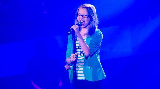 The Voice Kids - The-Voice-Kids-s01e01-Laura-037 - Bildquelle: SAT.1/Richard...
