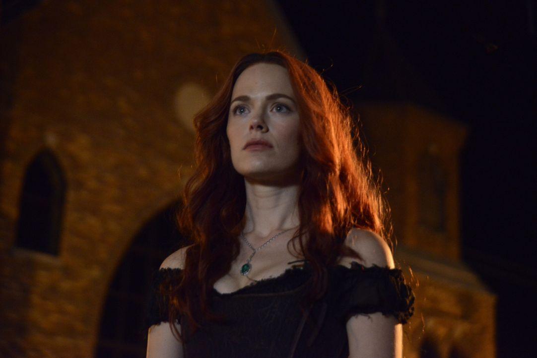 Welche Rolle soll Katrina (Katia Winter) im neunen wiedererweckten Hexenzirkel spielen? - Bildquelle: 2014 Fox and its related entities. All rights reserved