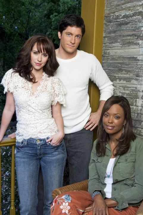 (1. Staffel) - Aufgrund Melindas (Jennifer Love Hewitt, l.) Fähigkeit, mit den Toten zu sprechen, geraten auch Jim (David Conrad, M.) und Andrea Mor... - Bildquelle: ABC Studios