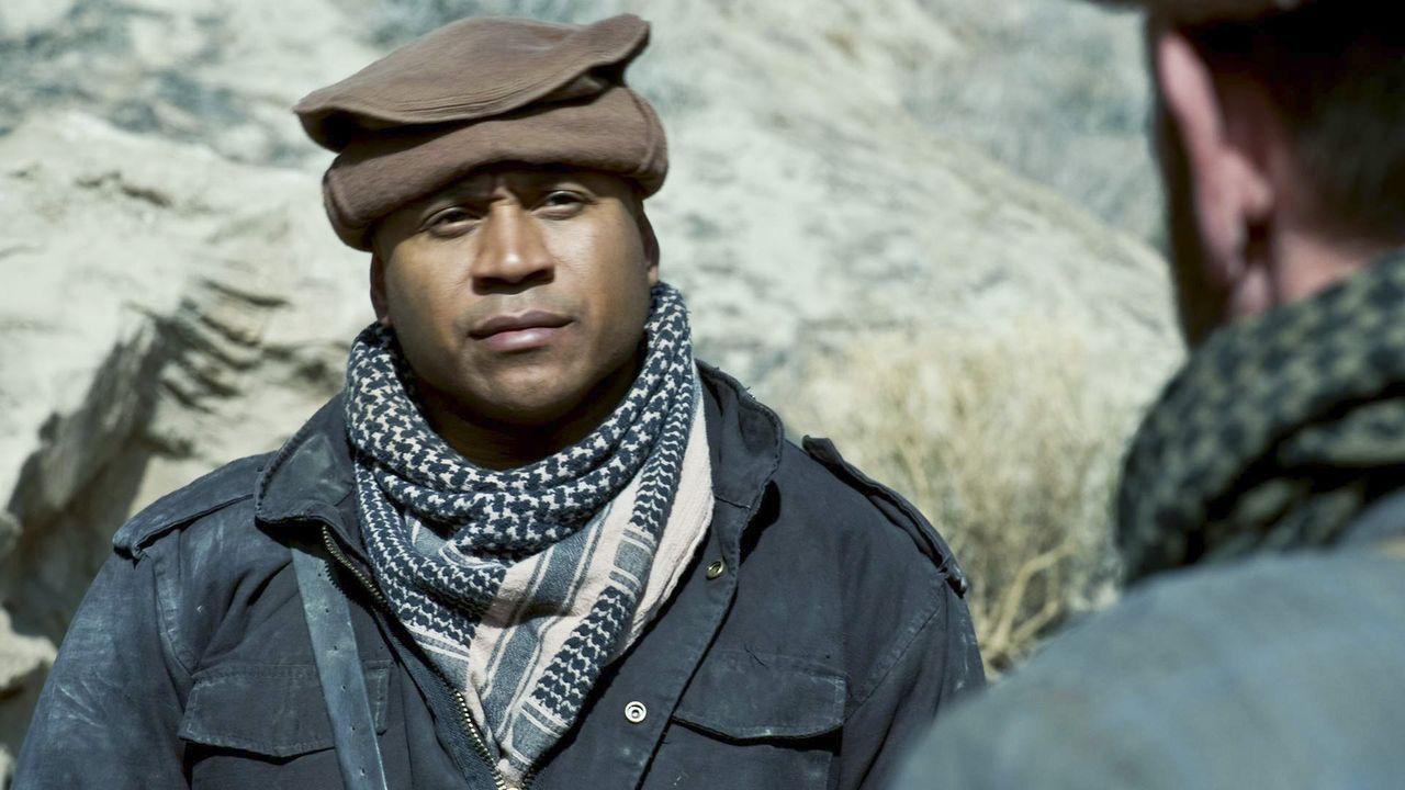 Weil Kensi in Afghanistan von Taliban gefangen gehalten wird, machen sich Sam (LL Cool J) und das übrige NCIS: L.A.-Team auf den Weg, um sie zu rett... - Bildquelle: CBS Studios Inc. All Rights Reserved.