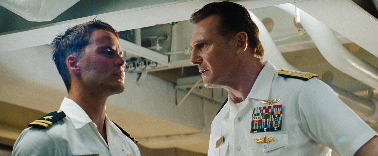 battleship-12-2011-universal-studiosjpg 2000 x 826 - Bildquelle: 2011 Universal Studios