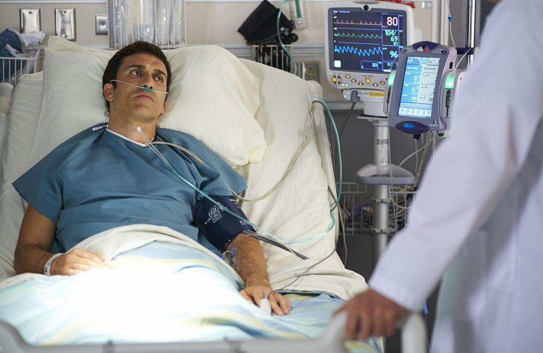 Wird Russell Burke (Noam Jenkins) wieder vollkommen gesund werden? - Bildquelle: 2013  Hope Zee Two Inc.