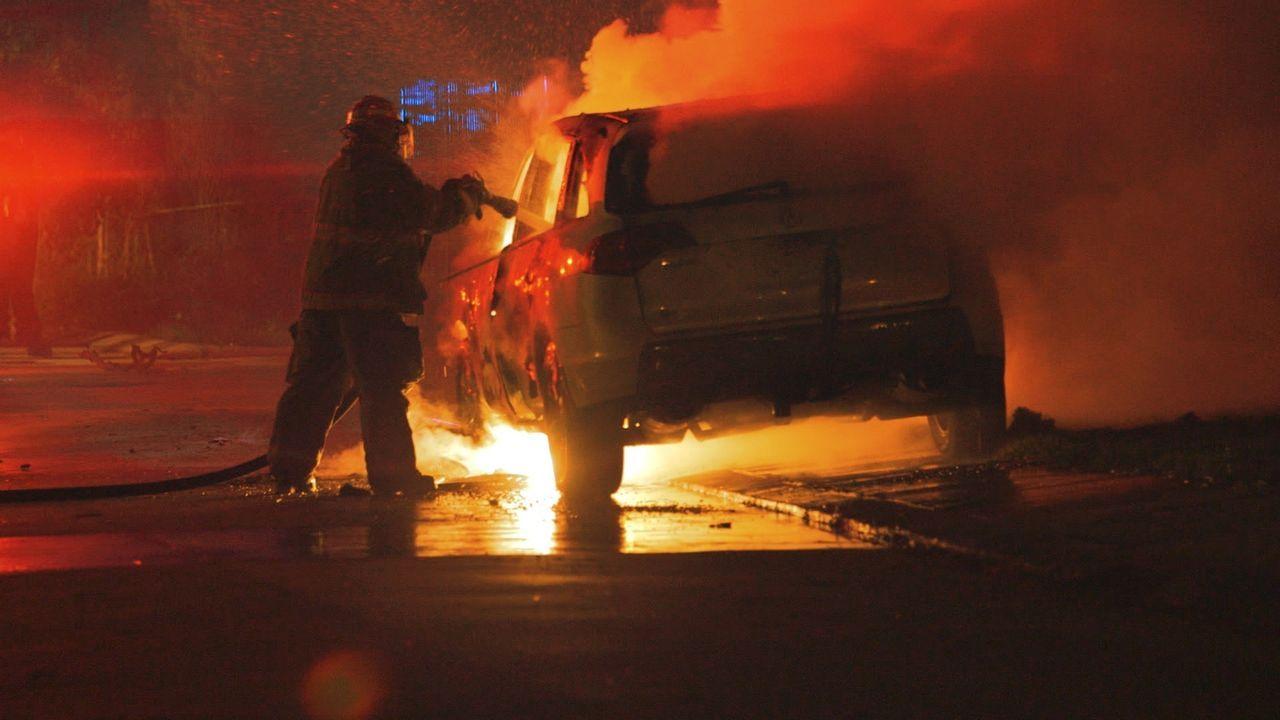 Jede Sekunde zählt! In dieser besonderen Ausgabe erzählen die Ersthelfer aus New Orleans von Bränden, Unfällen und Personen, die sie nie wieder verg... - Bildquelle: 2015 Wolf Reality, LLC and 44 Blue Productions, Inc.  All Rights Reserved.