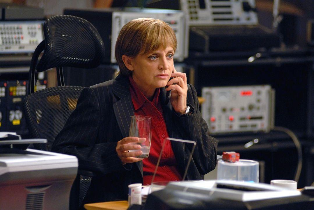 Kriminaldirektorin Franziska Friedmann (Katharina Thalbach) macht und hat Druck. Wann ist die Lage endlich wieder unter Kontrolle? - Bildquelle: Hardy Spitz Sat.1