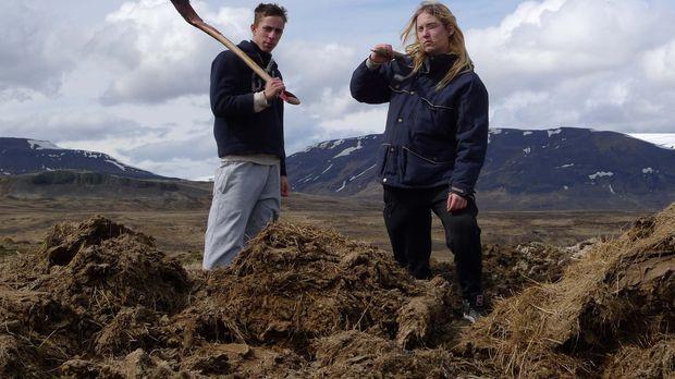 Auf Island bekommen Danny (l.) und Jasmin (r.) die Chance, sein Leben zu verä...