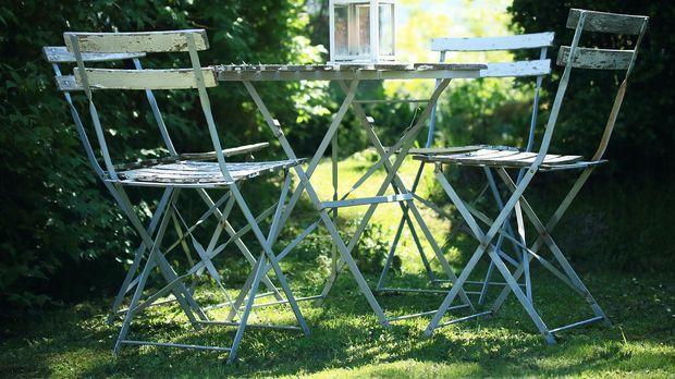 Rustikale Gartenmöbel Aus Holz: Eigenschaften   SAT.1 Ratgeber