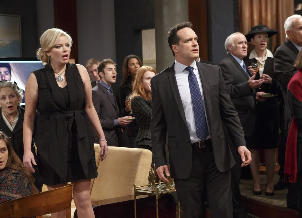 Tucker nimmt die Dinge in Angriff, die er noch vor seinem Tod erlebt haben möchte, während Bonnie (Melissa Peterman, l.) sich in den Kopf setzt, die... - Bildquelle: Bruce Birmelin ABC Family